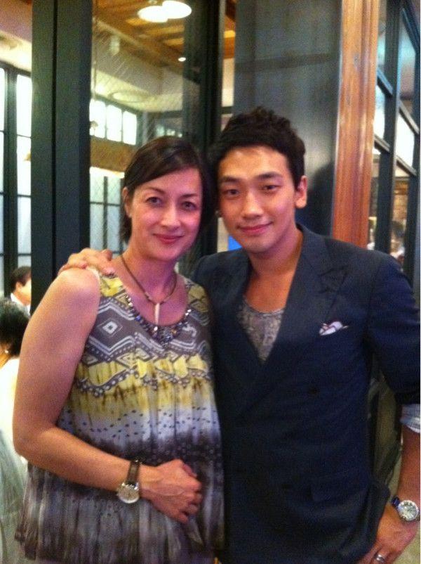 2011072612年ぶりに会った私の初めての歌先生です