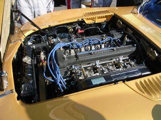 2000GTエンジン