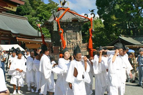 鶴岡八幡宮例大祭1
