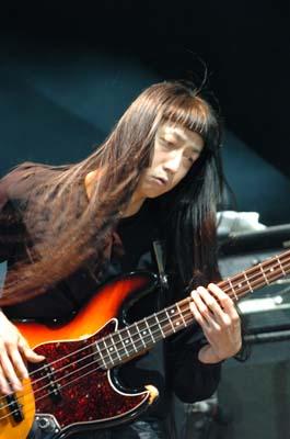 yura_bass.jpg