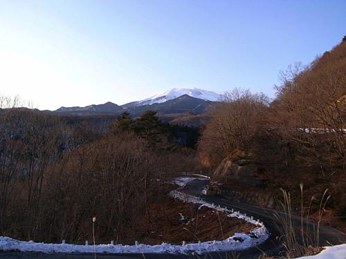 御嶽山への道
