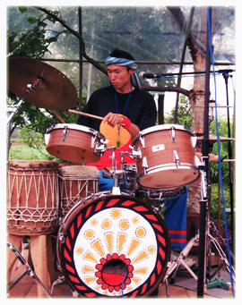 ドラムス・ドゥンドゥン