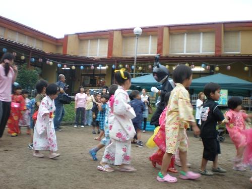 2011.保育園夏祭り (22)