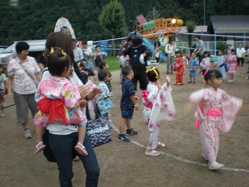 2011.保育園夏祭り (30)