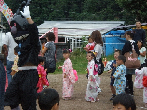 2011.保育園夏祭り (27)