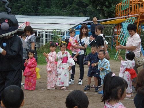 2011.保育園夏祭り (26)