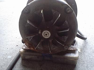 ポンプモーターの冷却ファン
