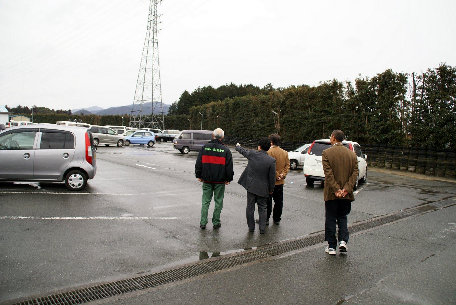 横浜ゴム駐車場