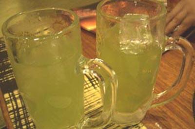牛角 五反田 緑茶割り 緑茶ハイ 玄米緑茶割り コウバシ茶