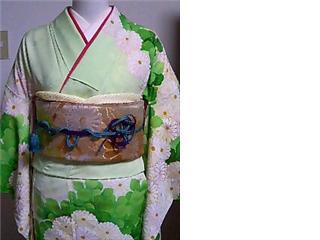kimono071202-01.jpg
