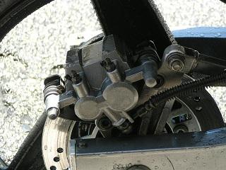 ZZR400108.jpg