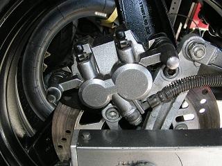 ZZR400117.jpg