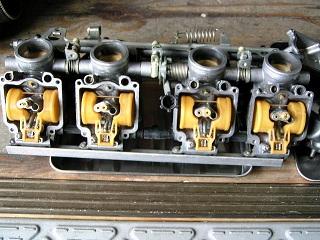 ZZR400154.jpg