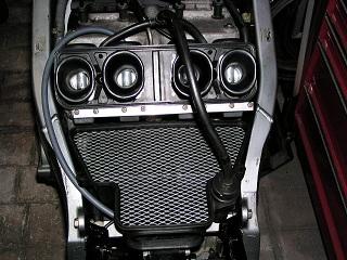 ZZR400162.jpg