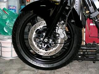 ZZR400164.jpg