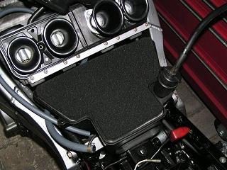 ZZR400177.jpg