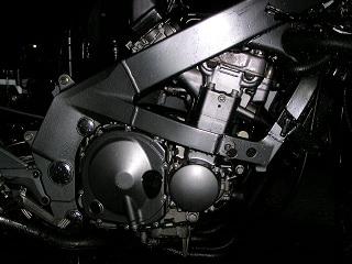 ZZR400189.jpg