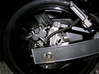 ZZR400196.jpg