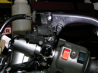 ZZR400219.jpg