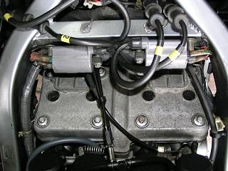 ZZR400254.jpg