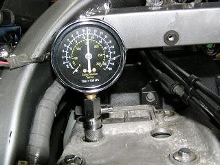 ZZR400257.jpg
