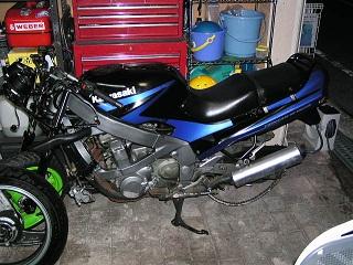 ZZR40070.jpg