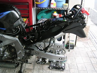 ZZR40088.jpg