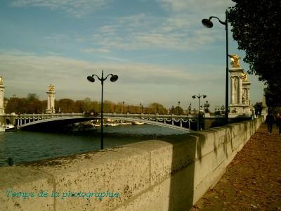 Paris  セーヌ川と青いそら
