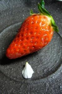 苺の花びら