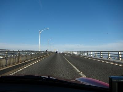 20110305_空に向かう橋