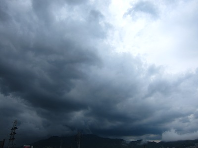 20110901_黒雲-PM3時頃