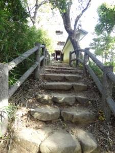 本丸丑寅櫓に向かう階段