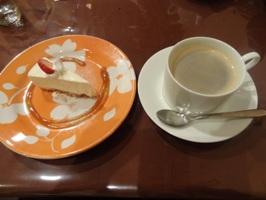 パスタランチのデザートとドリンク