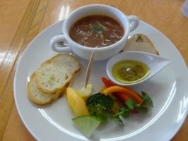 一口前菜、スープ、バーニャカウダ
