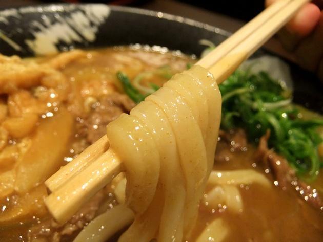 団 カレー麺