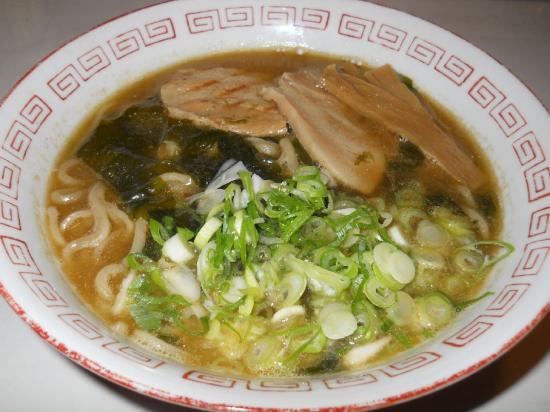 富田食堂 中華そば (1)