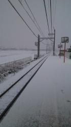 穴太駅の雪景色