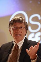 220px-Bill_Gates_au_Medef.jpg