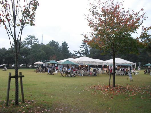 10 奈良公園のフード市