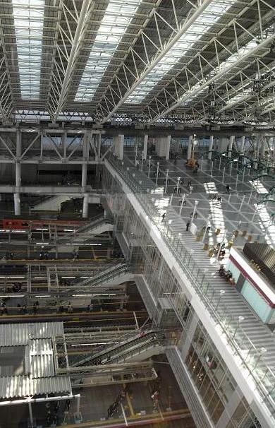 2b 大阪駅の大天井