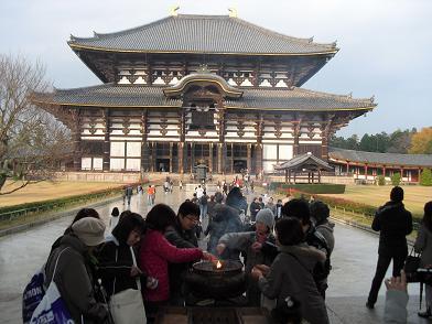 16 東大寺・大仏殿