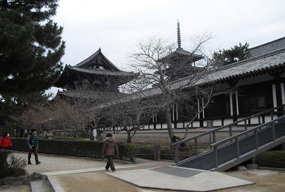 14 金堂と五重塔