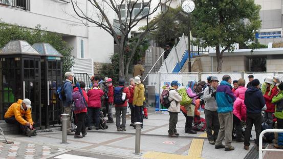 1 阪急・芦屋川駅前