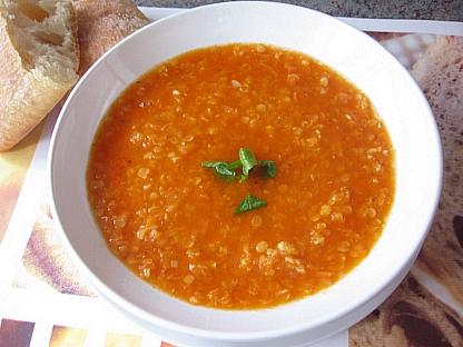 にんじんと赤レンズ豆のスープ