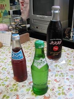 ガラス瓶入りの清涼飲料水