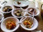 小皿にお魚料理が・・・