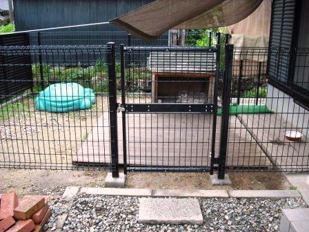 犬小屋フェンス
