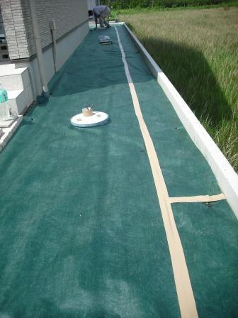 砂利敷き部分 防草シート