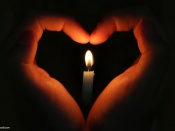 hand_love_heart_with_candle_light-t1.jpg