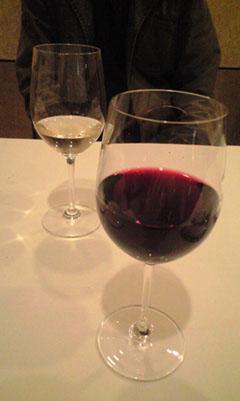 CA390134_wine.jpg